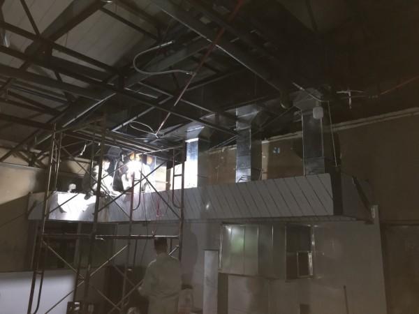 Hệ thống thông gió - hút mùi 4